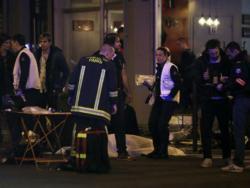 Najmanje 150 ljudi poginulo u seriji terorističkih napada u Parizu (VIDEO)
