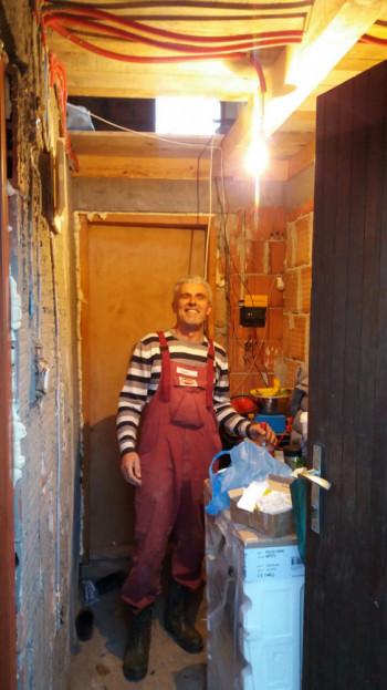 Foča: Stigla struja u novi Vitov dom