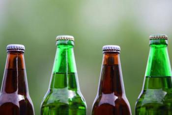 Prošle godine u BiH uvezeno 172 miliona litara vode, 140 miliona litara piva...