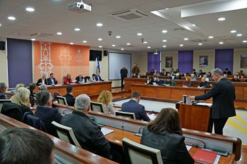 Буџeт Мoстaрa тeжaк 59 милиoнa мaрaкa, Срби у буџeту с 5.000 КM