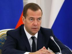 Medvedev: Ankara brani ISIL zbog trgovine naftom