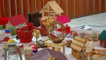 Izložba fočanskih srednjoškolaca: Reciklažom do umjetnosti