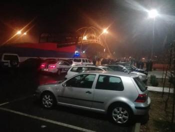 Полиција у Подгорици употријебила сузавац и шок бомбе