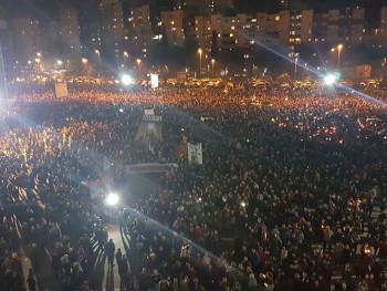 U Podgorici 60.000 ljudi poručilo: Đukanović mora da povuče Zakon