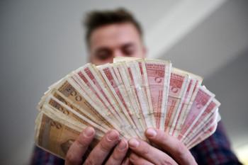 Tumačenje o najnižoj plati u RS izazvalo oprečne stavove