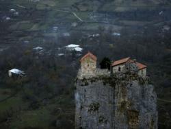 Crkva na kamenu: Ovo zdanje na visini od 40 metara niko ne može da posjeti