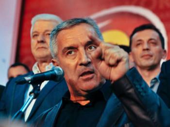 Vlasti Crne Gore traže pomoć NATO da ih zaštiti od svog naroda