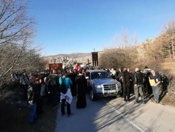 Vjernicima iz Gacka zabranjen ulazak u Crnu Goru