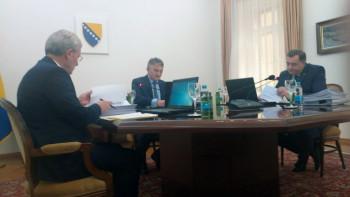 Sjednica završena, Dodik preglasan na svim tačkama dnevnog reda