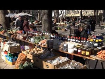 Trebinjska pijaca: Bogatstvo ponude i kvalitet proizvoda privlače brojne kupce (VIDEO)
