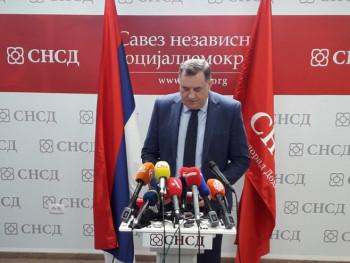 Додик: Бањалука ће увијек подржавати Вучића, а не Изетбеговића