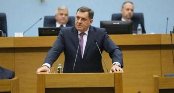 Додик: Није могуће да Срби прихвате 1. март као празник БиХ