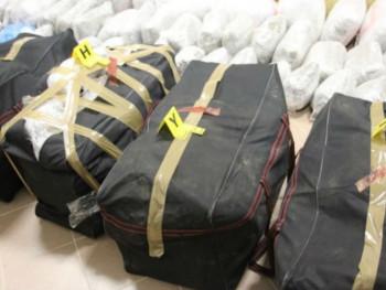 Акција 'Sky': Шест ухапшених, откривене три тоне сканка и 250.000 евра