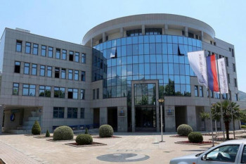 Електропривреда купује 10 респиратора за болнице у Српској