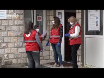 Miskin komerc donirao osnovne životne namirnice Crvenom krstu (VIDEO)