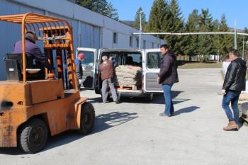 Počela distribucija paketa podrške nevesinjskim proizvođačima krompira