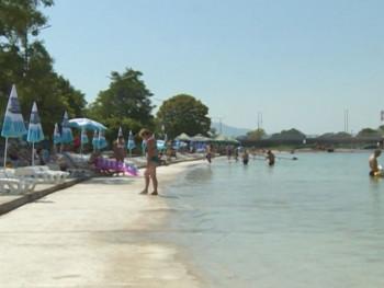 Hrvatska: Ukinuta zabrana održavanja sajmova i rada bazena