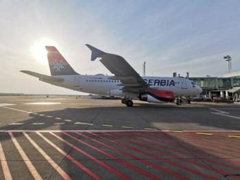 Humanitarni let iz Beograda za povratak državljana Srpske i BiH iz Rusije