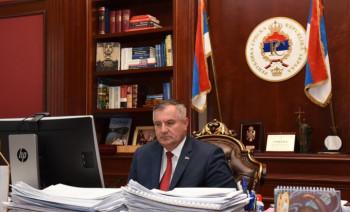 Višković: Plate u javnom sektoru neće biti smanjene