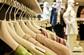 U buticima dozvoljeno probavanje garderobe, ali uz strogo poštovanje mjera