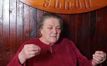 Ради већ 54 године и никада није узела годишњи одмор (ВИДЕО)