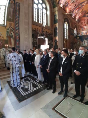 Obilježavanje krsne slave VRS počelo služenjem svete arhijerejske liturgije (FOTO)
