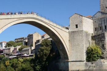 Skokovi sa Starog mosta u Mostaru 26. jula, upitno prisustvo publike
