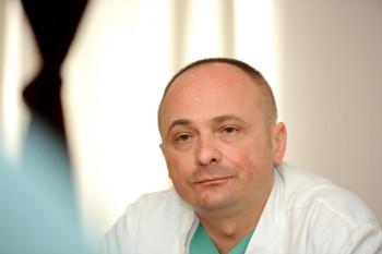 Doktor Siniša Dučić o izazovima pandemije u Tiršovoj: Heroji ovog doba