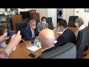 Gradonačelnik Ćurić razgovarao sa šefom Delegacije EU Johanom Zatlerom (VIDEO)