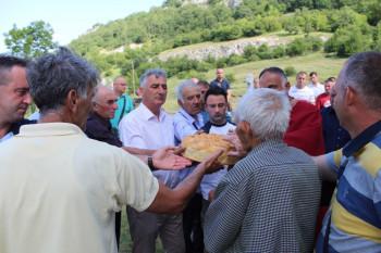 Невесиње: Црква на Залому прославила крсну славу – Петровдан (ФОТО)