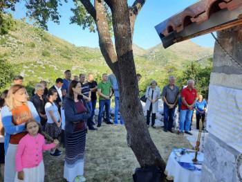 Освећење цркве Св. Павла у селу Долови (ФОТО)