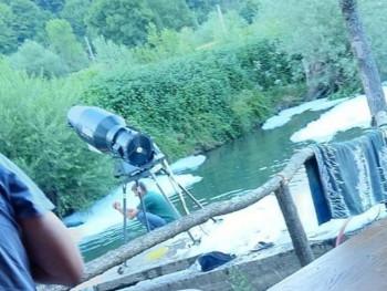 Инспектори истражују случај загађивања ријеке Укрине на 'пјена партију' (ФОТО/ВИДЕО)