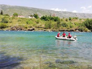 Mostar: Nestala osoba nakon prevrtanja kajaka