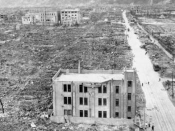 Hirošima - žrtva najvećeg ratnog zločina, koji je počinila Amerika
