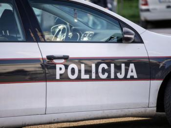 U Neumu uhapšen muškarac zbog snimanja maloljetnica