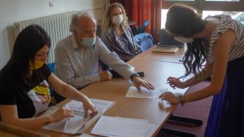 Potpisani ugovori o stipendiranju studenata iz Foče
