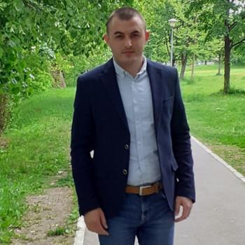 Intervju sa Miroslavom Zurovcem - političkim analitičarom