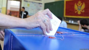 Do 16 sati glasalo 65,1 odsto upisanih, 2016. izlaznost bila 56,1 odsto