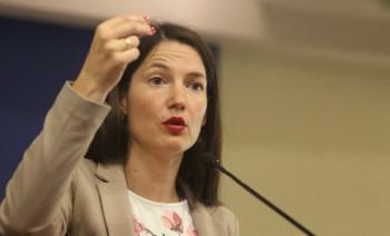 Portparol PDP-a Anja Petrović tvrdi da je dobila prijetnje smrću jer Jelena Trivić nije 'najavljena kako treba'