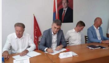 'Idemo po definitivnu pobjedu u Gacku': Potpisan koalicioni sporazum sedam stranaka o podršci Milinkoviću