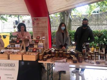 Trebinje: Otvoren sajam domaćih i tradicionalnih proizvoda (FOTO)