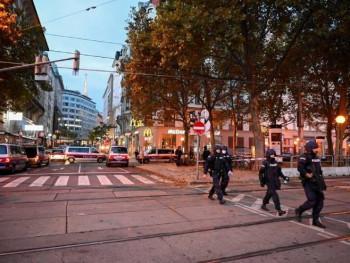 Pet osoba poginulo u terorističkim napadima u Beču