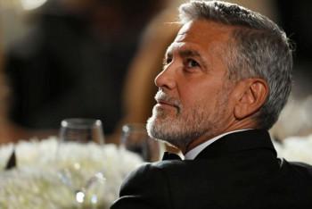 Neobičan prijateljski gest – Džordž Kluni svojim prijateljima poklonio po milion dolara