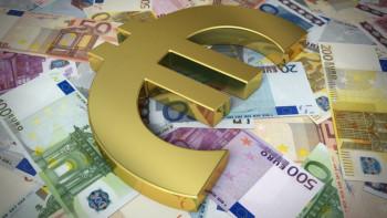 Evro prestigao dolar na međunarodnom tržištu
