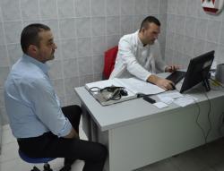 Radnici lokalne uprave u Nevesinju darovali krv