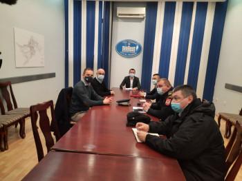 Trebinje:  U toku je sastanak povodom paljevina vozila