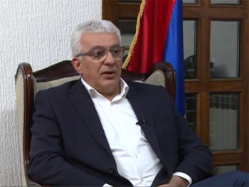 Mandić: Đukanović pokušava da posvađa parlamentarnu većinu