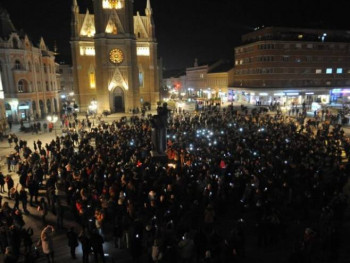 Na dan Balaševićeve sahrane proglašen Dan žalosti u Novom Sadu