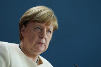 Merkel: Moguće postepeno otvaranje