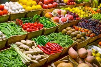 Koje povrće je bolje jesti kuvano, a koje sirovo